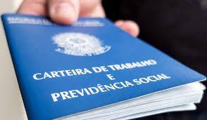 País cria 129,6 mil vagas com carteira e tem melhor abril