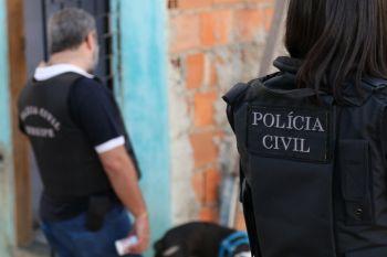 PC prende suspeitas de associação criminosa, uso de documentos falsos e estelionato