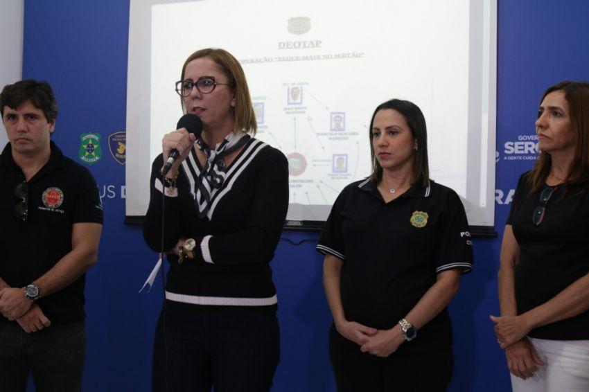 Polícia Civil prende dois ex-prefeitos de Carira (pai e filho)