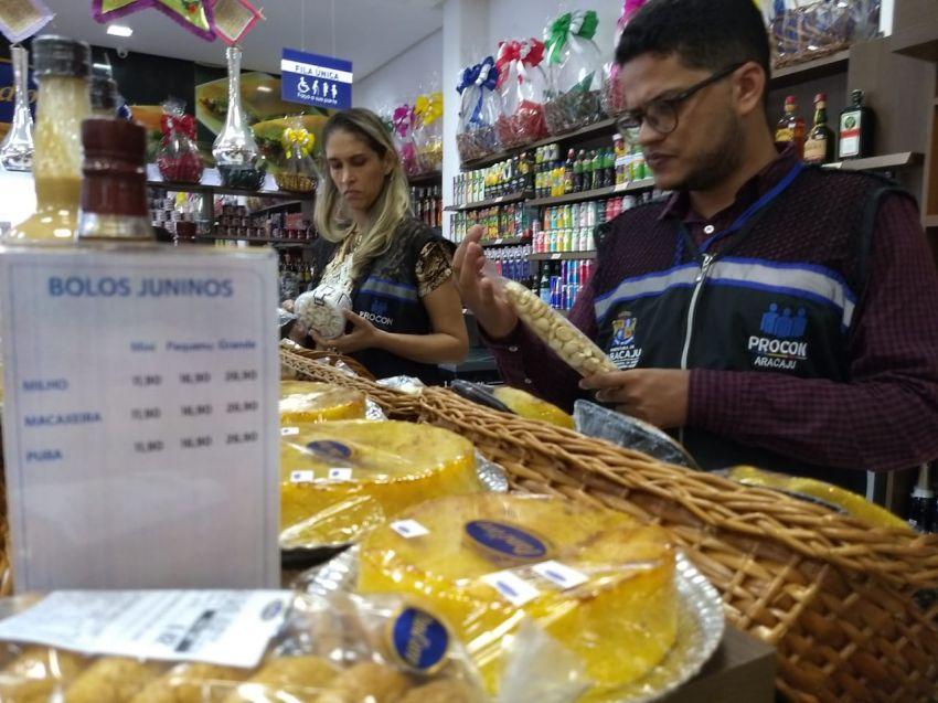 Prefeitura fiscaliza comercialização de produtos típicos da culinária junina