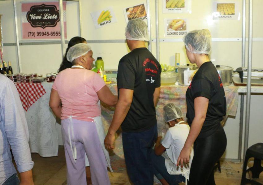 Ações da Vigilância Sanitária Estadual no Arraiá do Povo garantem segurança para vendedores e consumidores