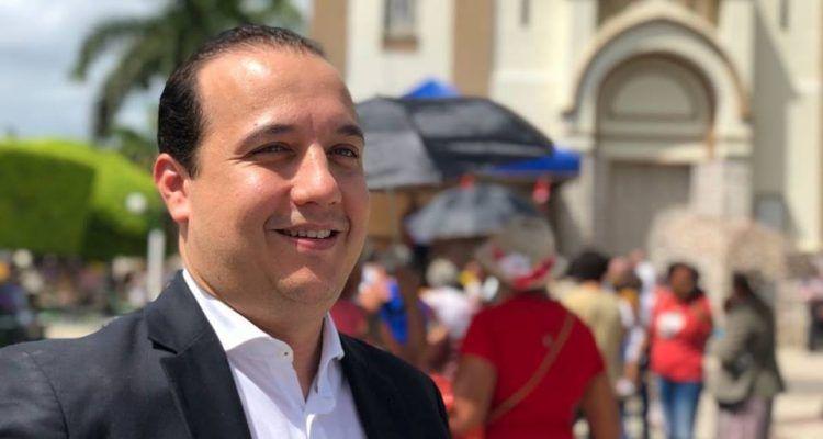 Valadares Filho diz que 'chegou pra resolver' foi pura falácia e estelionato eleitoral
