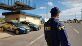 PRF apreende R$ 302 mil em carro de Aracaju