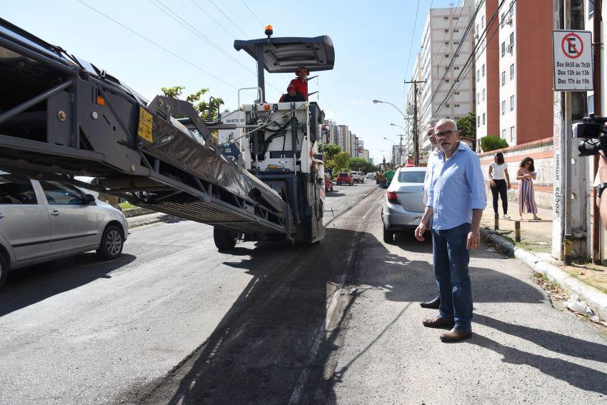 Prefeitura inicia recapeamento das avenidas Nova Saneamento e Francisco Porto