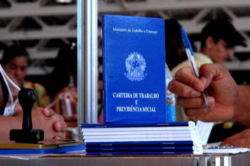 País gera 43,8 mil empregos formais em julho