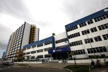 Estácio festeja ascensão de Faculdade a Centro Universitário