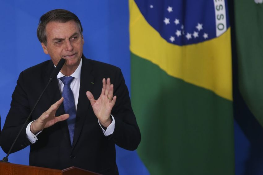 TSE julga improcedente ação de Bolsonaro contra Haddad e Folha
