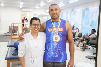 Paciente acompanhado pelo Centro de Reabilitação do Ipesaúde volta a praticar esportes e vence competição de Jiu-jitsu