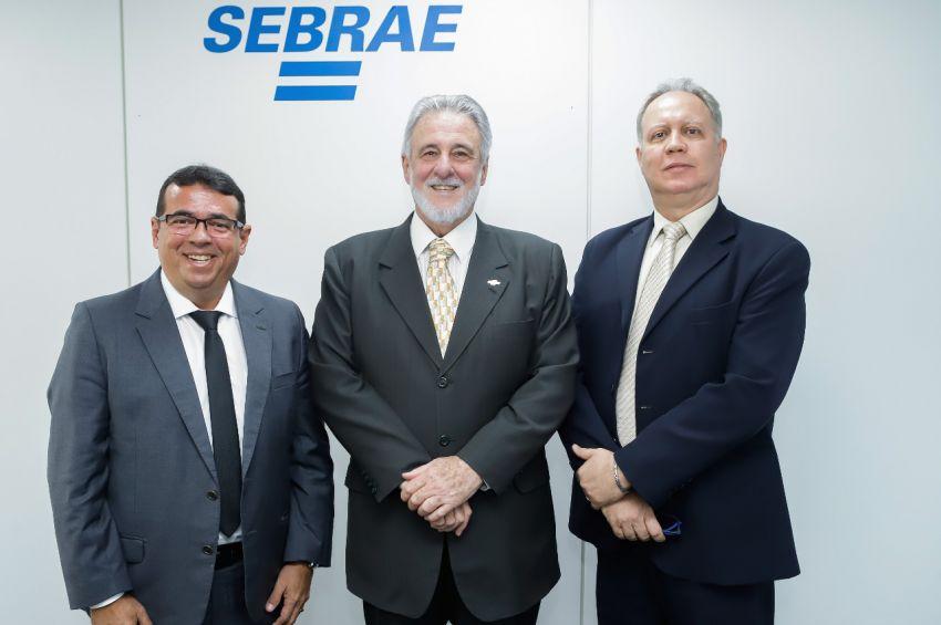Presidente da ACESE apresenta projeto de interiorização à diretoria nacional do Sebrae