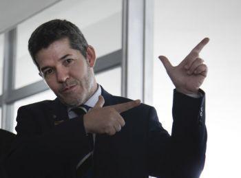 Líder do PSL na Câmara afirma em áudio que vai 'implodir' Bolsonaro