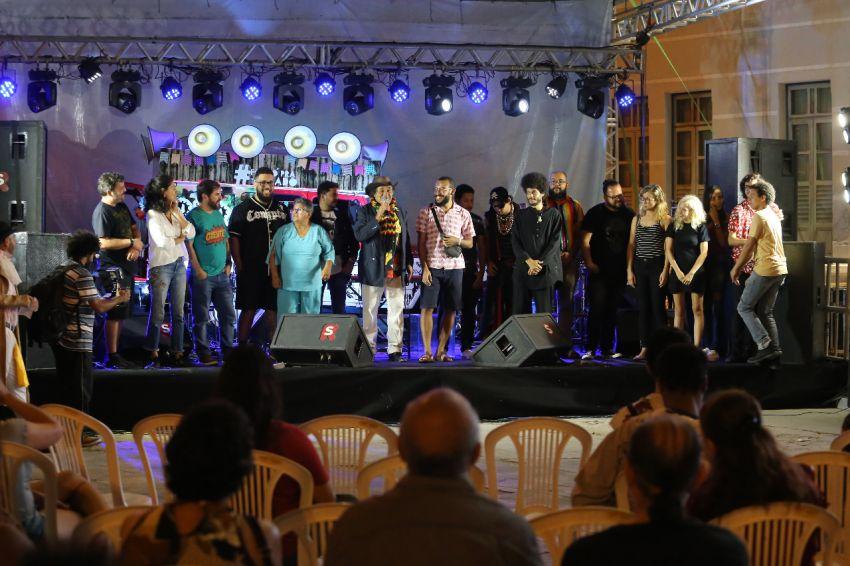 Ocupe a Praça reúne artistas e sociedade para homenagear e debater sergipanidade
