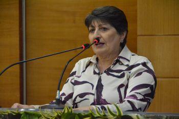 Maria destaca necessidade de diálogo com comunidade escolar