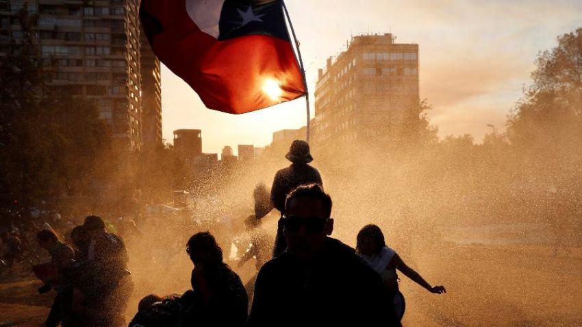 Chile anuncia processo para nova Constituição através de uma Constituinte e plebiscito