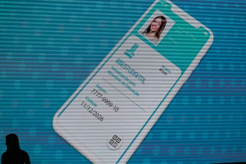 Fraudes vão cair para zero com ID estudantil, diz ministro