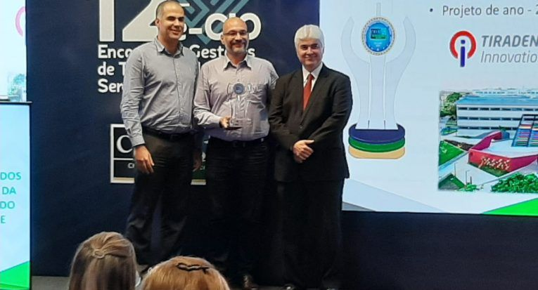 Innovation Center recebe prêmio de melhor projeto de TI