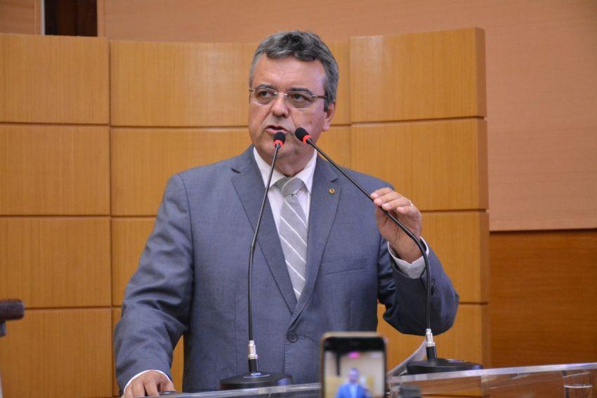 Luciano Pimentel defende medida que limita a 8% os juros do cheque especial