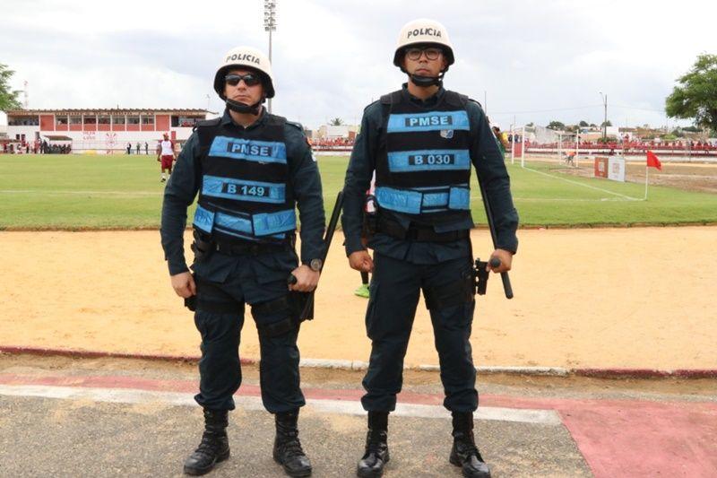 Alunos do Curso de Formação de Soldado reforçam policiamento durante Campeonato Sergipano