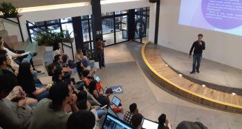 Estudantes trabalham na criação de startups voltadas à Educação