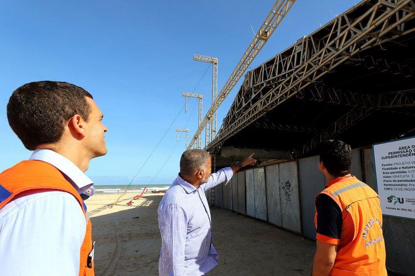 Defesa Civil de Aracaju inspeciona montagem das estruturas do Projeto Verão 2020