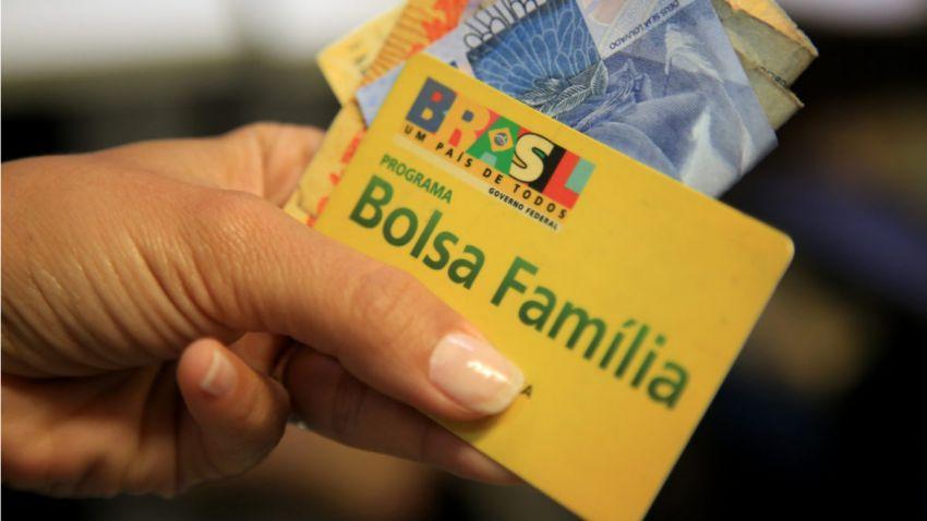 Com nova fila criada, espera para entrar no Bolsa Família chega a 10 meses