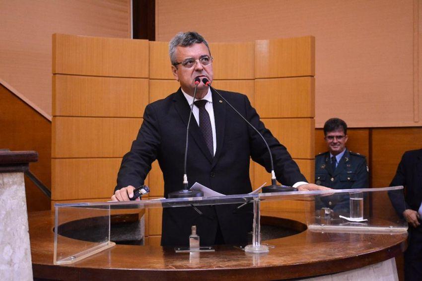 Luciano Pimentel afirma que adversários políticos se aproveitaram da interdição de balneário em Cumbe