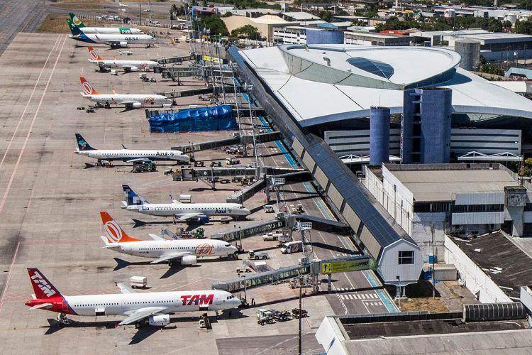 Governo recomenda a aéreas remarcar passagens sem custo; o que elas dizem?