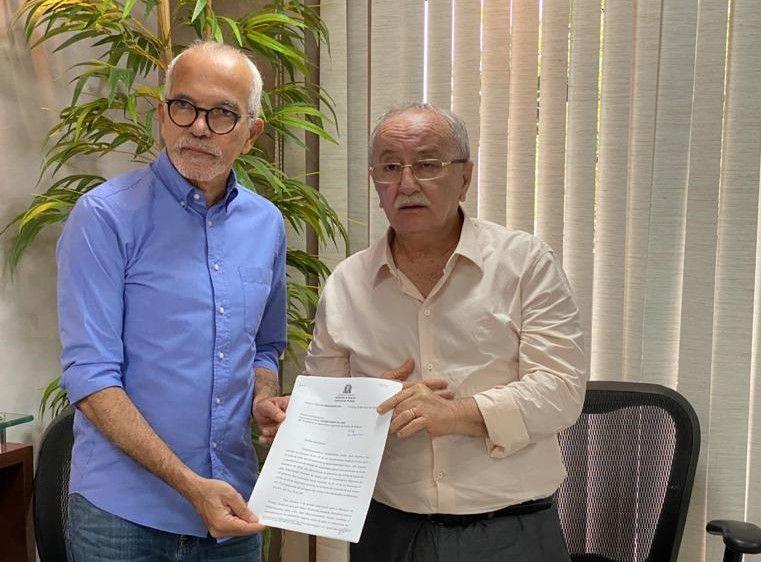 Deputados recebem pedido de calamidade pública em Aracaju