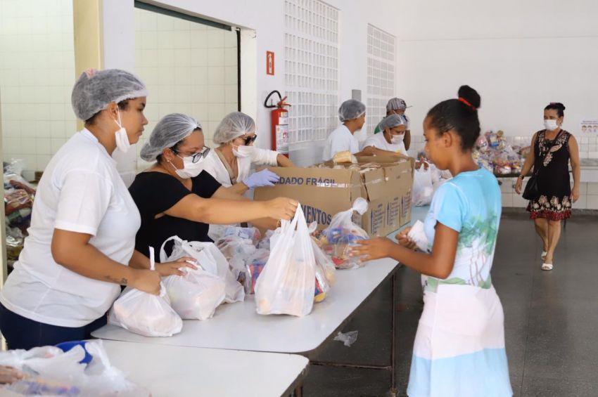 Prefeitura de Aracaju divulga relação das escolas onde haverá entrega de kits de alimentação