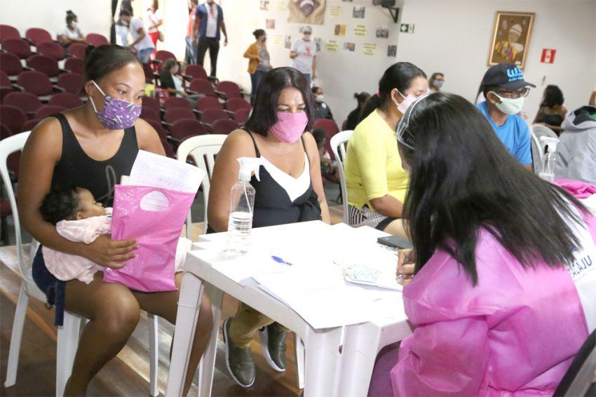 Prefeitura assegura aos moradores das Mangabeiras aluguéis e adesão ao Pró-Moradia