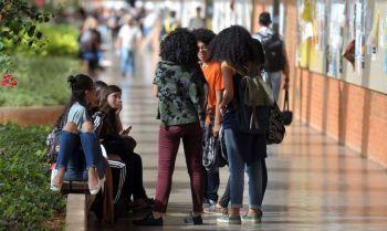 Estudantes com Fies podem suspender parcelas a partir de hoje