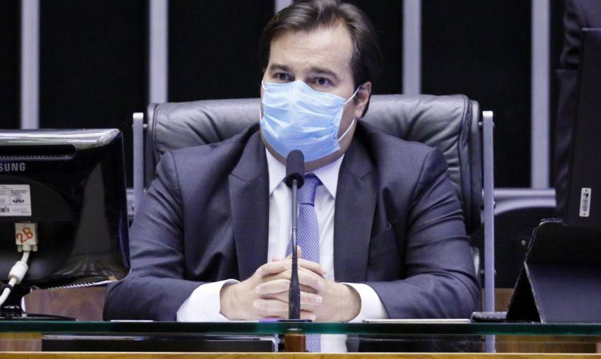 Em ofício a Maia, indústria critica veto de Bolsonaro à prorrogação da desoneração