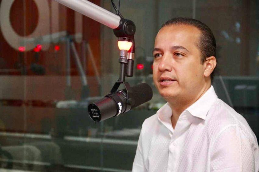 Valadares Filho retira candidatura para apoiar Danielle Garcia