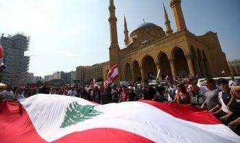 Bolsonaro convida Temer para chefiar missão humanitária no Líbano