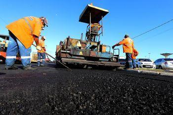 Na recuperação da malha viária, Prefeitura utilizou 122 mil toneladas de asfalto nos últimos anos