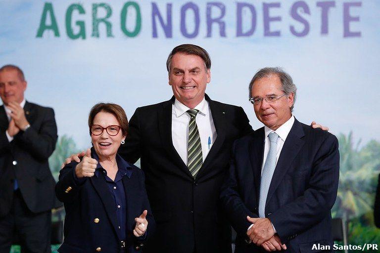 Agro manteve prateleiras cheias e exportações brasileiras na pandemia, diz ministro Paulo Guedes