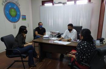 Prefeitura discute junto à cadeia do turismo retomada das atividades do setor