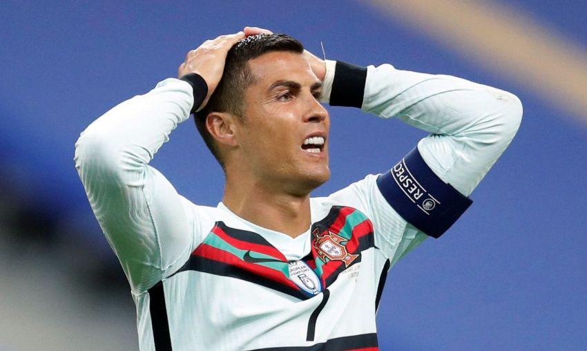 Cristiano Ronaldo testa positivo e desfalca Portugal na Liga das Nações