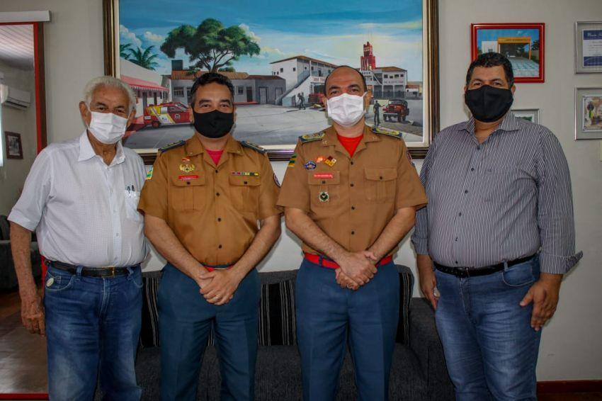 Unit recebe Medalha de 100 anos do Corpo de Bombeiros Militar de Sergipe
