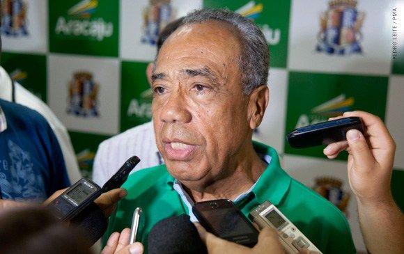João Alves testa positivo para covid e estado de saúde segue grave