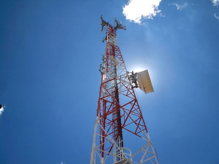 Operadora de telefonia móvel passa por falha nos meios de transmissão de dados e voz em municípios de Sergipe