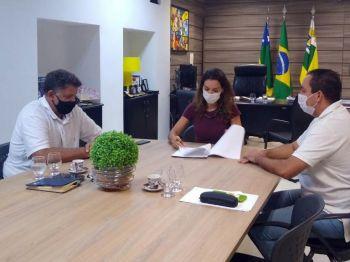 Governo de Sergipe e Confederação Brasileira de Desporto Escolar assinam termo de adesão aos Jogos Escolares Brasileiros