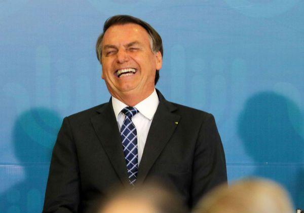 Bolsonaro diz que CPI sobre pandemia visa a desgastar governo