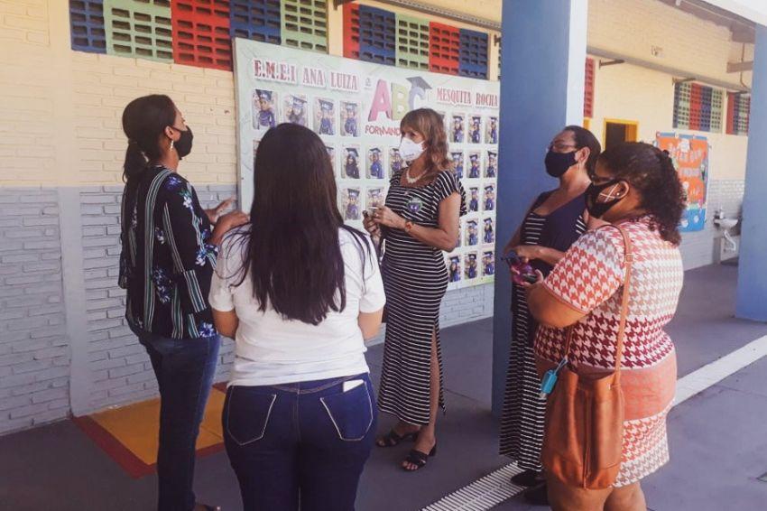 Vereadora visita UBS's e CRAS's de Aracaju