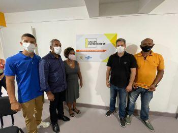 Laranjeiras: Prefeitura inaugura Sala do Empreendedor