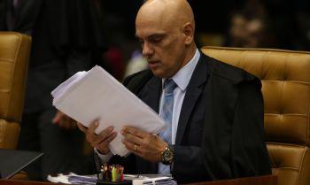 Moraes autoriza PF a marcar depoimento de presidente