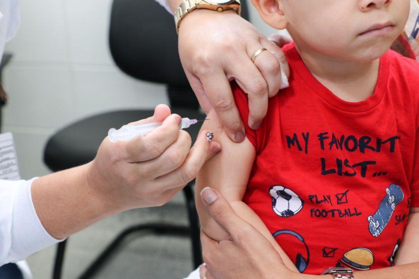 """Secretaria de Saúde mobiliza municípios para o Dia """"D"""" da multivacinação"""